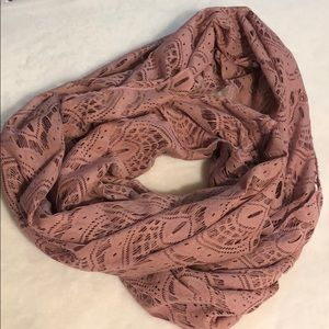 PRE💕LOVED Infinity Scarf